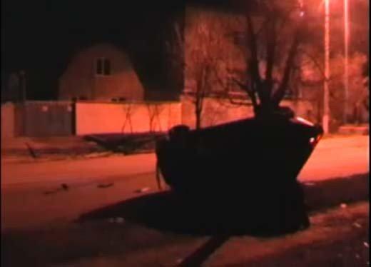 В Симферополе пьяная дама на дорогой иномарке побила три машины (ФОТО+ВИДЕО), фото-2