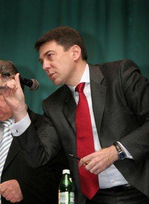 Когда на выборах ректора ДонНу проиграл протеже Табачника, заместитель министра нахамил журналистам (фото), фото-2