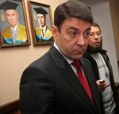 Когда на выборах ректора ДонНу проиграл протеже Табачника, заместитель министра нахамил журналистам (фото), фото-3