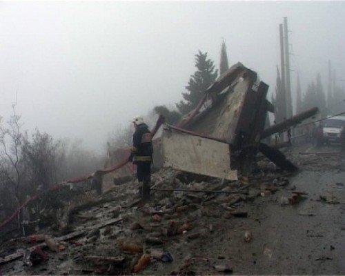 На ятинской трассе перевернулся грузовик, погиб водитель (ФОТО), фото-3
