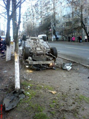 В Симферополе два лихача устроили дуэль на дороге (ФОТО), фото-2