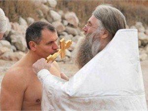 Крымский спикер на Крещение искупался  (ФОТО), фото-1