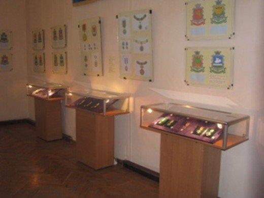 В Симферополе открылась выставка «В преданьях прошлого черпая вдохновенье…» (ФОТО), фото-1
