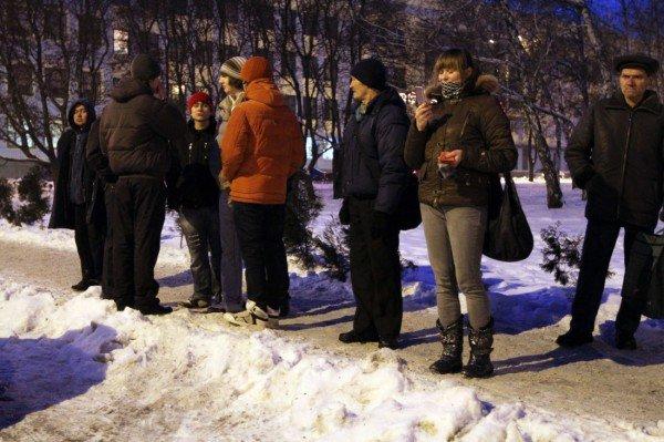 Затаившиеся террористы и ночная Макеевка (фоторепортаж), фото-3