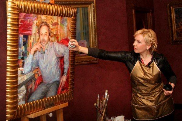 В Донецке нарисовали портрет любимого дизайнера Аллы Пугачевой (фото), фото-3