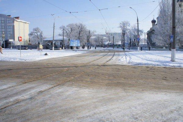 Городская власть борется с непогодой, но результаты пока малозаметны (ФОТО), фото-4