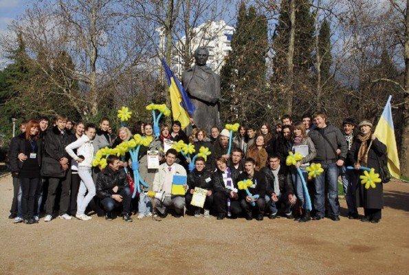 22 января в Ялте прошел ряд праздничных мероприятий, посвященных 20-й годовщине «Дня Соборности Украины»(ФОТО), фото-1