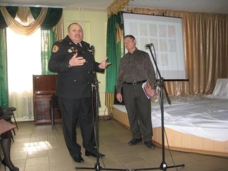 Поэт из Горловки Виктор Заверюха выпустил серию «противопожарных» книг, фото-2
