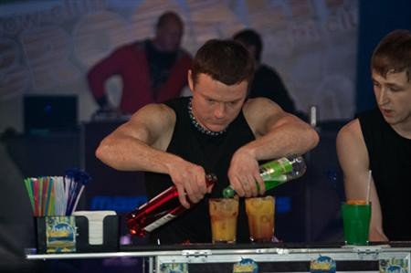 В Симферополе бармены готовят молекулярные коктейли (ФОТО), фото-4