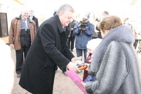 У селі Кальне, на Тернопільщині, відкрито новий корпус школи (ФОТО), фото-2