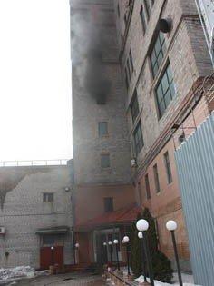 В Донецке горел  пивной завод «Сармат» (фото), фото-1