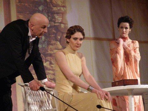 Киевские актеры устроили в Виннице на сцене «любовные разборки» (ФОТО), фото-2