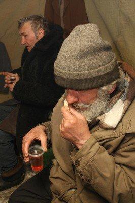 В центре Донецка открыли пункт обогрева для бездомных  (фото), фото-6