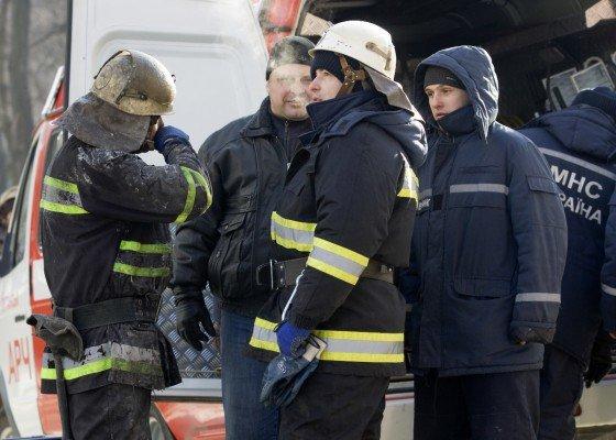 В Луганске сгорела больница с медицинским оборудованием, купленным на деньги Ахметова (фото), фото-4