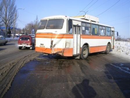 Неделя на дорогах Горловки: 28 ДТП и 2 наезда на пешеходов, фото-2