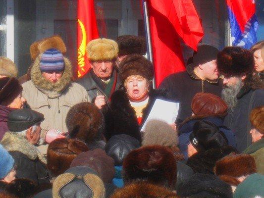В Горловке активисты требовали не повышать тарифы на тепло и не ремонтировать дороги, фото-2
