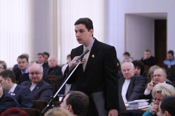 Депутаты горсовета благословили увеличение квартплаты в Донецке на 82% (фото), фото-5
