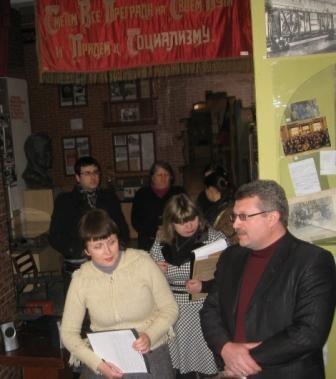 В музее истории Горловки открыли «зал-вокзал» и выставили на обозрение пулемет «Максим», фото-4