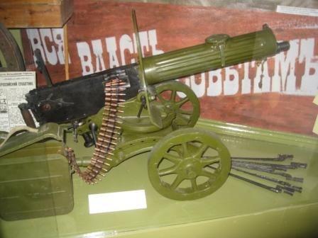 В музее истории Горловки открыли «зал-вокзал» и выставили на обозрение пулемет «Максим», фото-5