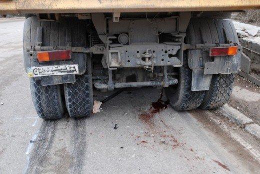 Возле Ялты две машины столкнулись с грузовиком — четверо в больнице (ФОТО), фото-1