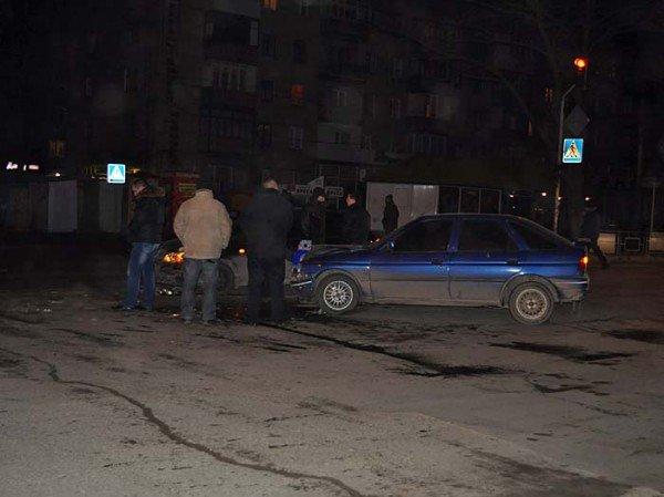 На пр. Октябрьском столкнулись Daewoo Lanos и Ford. (ФОТО), фото-2