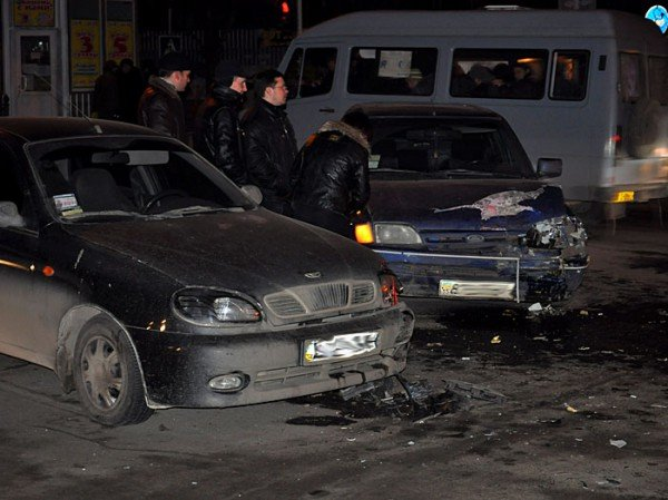 На пр. Октябрьском столкнулись Daewoo Lanos и Ford. (ФОТО), фото-7