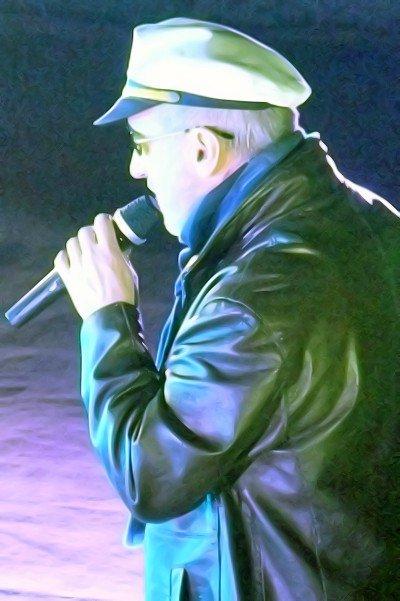 В Луганске состоялся концерт посвященный 50-летнему юбилею музыканта Олега Алябина (фото), фото-4