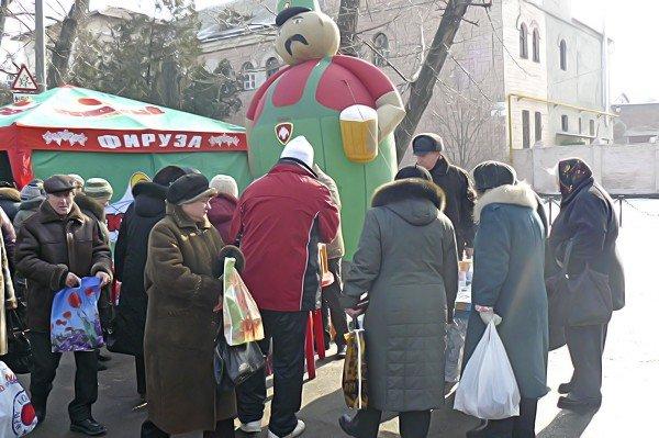 Луганчане встречают весну (фото), фото-9