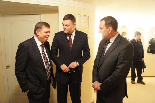 На праздновании 8 марта вице-мэр Роман Васюков воспитывал в милиционерах джентльменов (ФОТО), фото-5
