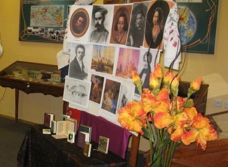 Шевченко в миниатюре предстал перед посетителями горловского музея В. Разумова, фото-1