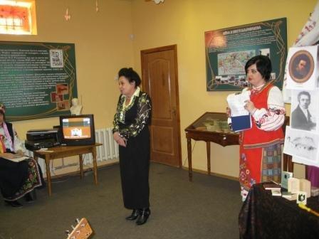 Шевченко в миниатюре предстал перед посетителями горловского музея В. Разумова, фото-4