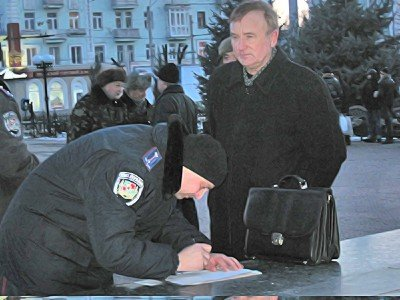 Митинг в Луганске. И годовщину отметили и чучело сожгли (фото), фото-6