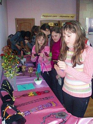 Луганчан приглашают на выставку декоративно-прикладного искусства (фото), фото-3