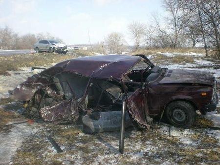 Под Харьковом столкнулись две легковушки: 1 человек погиб, 4 – ранены (ФОТО), фото-2
