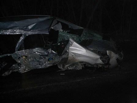В Горловке автомобили врезаются в кресты и деревья, фото-3
