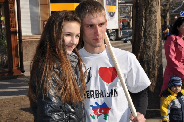 Азербайджанцы в Николаеве встретили весну с огнем, проросшей пшеницей и крашенками (ФОТО), фото-9