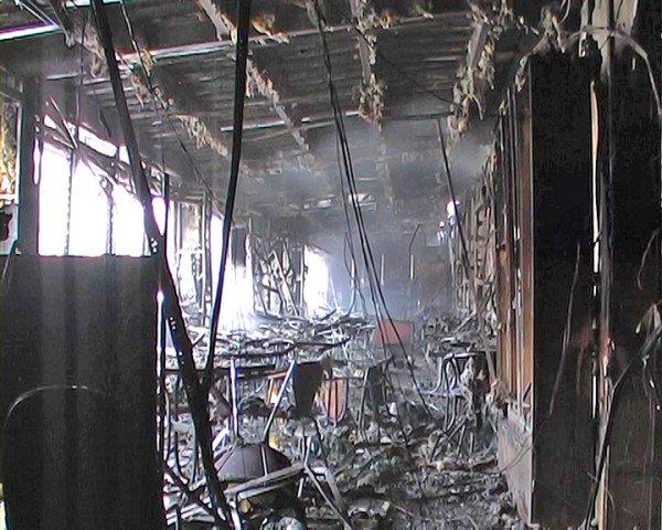 Ночью в Луганске сгорел «Fair Play» (фото), фото-4