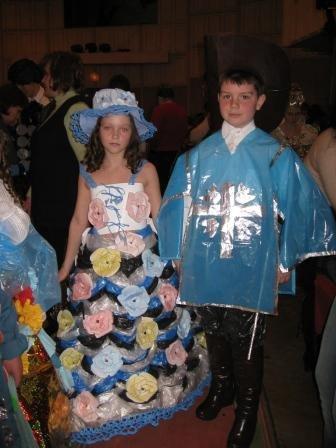 В Горловке дети-модели дефилировали в костюмах эпохи Средневековья из вторсырья (ФОТО), фото-3