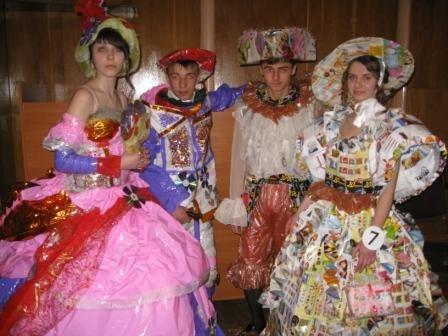 В Горловке дети-модели дефилировали в костюмах эпохи Средневековья из вторсырья (ФОТО), фото-6