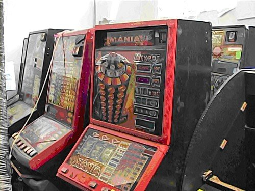 Game over. Луганские оперативники изъяли 33 игровых автомата (фото), фото-1