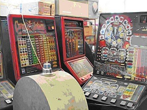 Game over. Луганские оперативники изъяли 33 игровых автомата (фото), фото-2