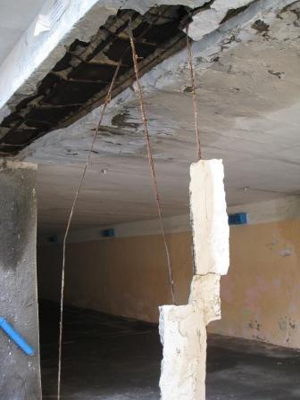 В Горловке обвалилась часть подземного перехода (ФОТО), фото-4