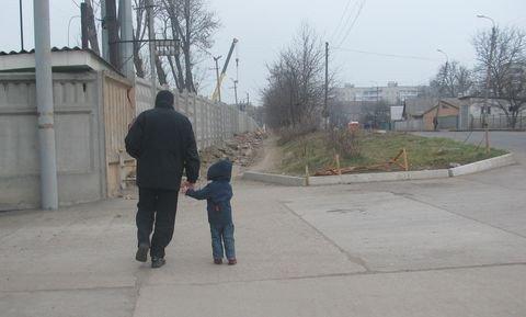 У Вінниці тротуар завалили будівельним сміттям (ФОТО), фото-1