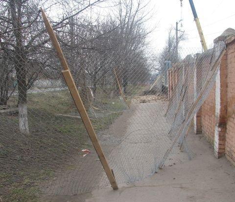 У Вінниці тротуар завалили будівельним сміттям (ФОТО), фото-5