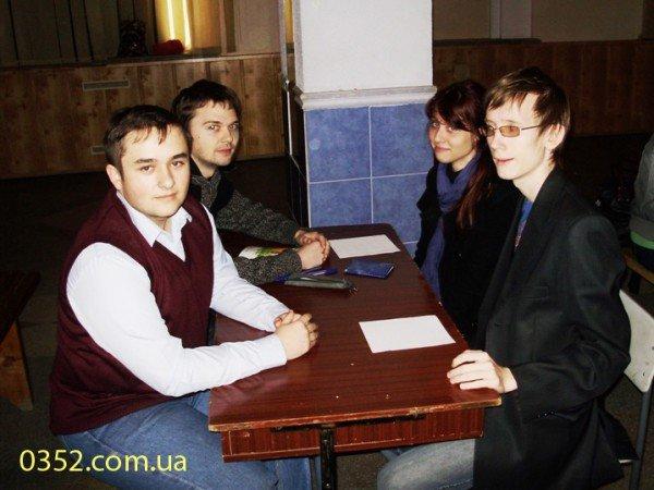 Молодь Тернополя добре знає, що, де і коли, фото-3