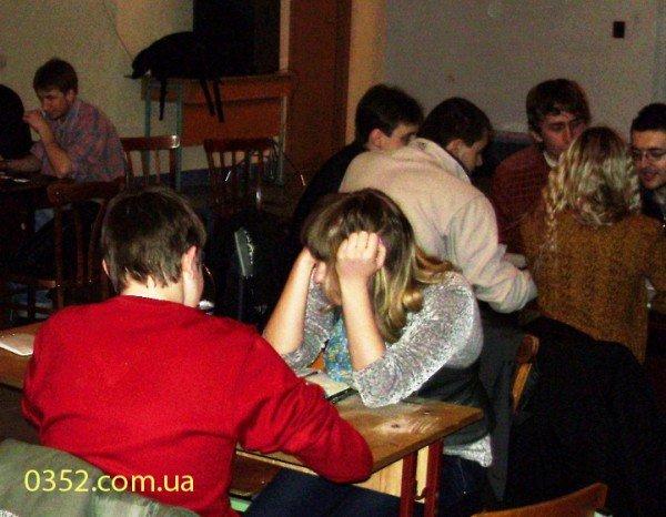 Молодь Тернополя добре знає, що, де і коли, фото-5