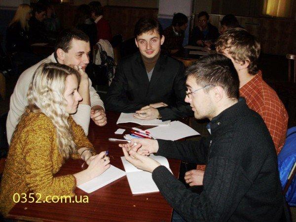 Молодь Тернополя добре знає, що, де і коли, фото-6