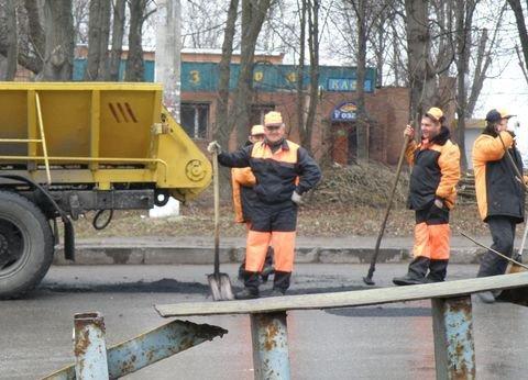 Дощ іде – а у Вінниці дороги асфальтують (ФОТО), фото-7