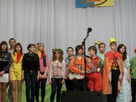 Юные пожарные Горловки соревновались в умении петь и плясать, фото-1
