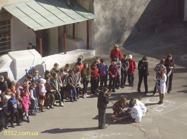 В школах Тернополя відбувся День цивільної оборони, фото-1